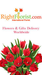 Stun your mom with your creative of flowers of gifts on Mother's Day